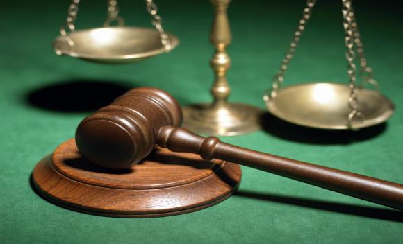 Assicurazione avvocati obbligatoria