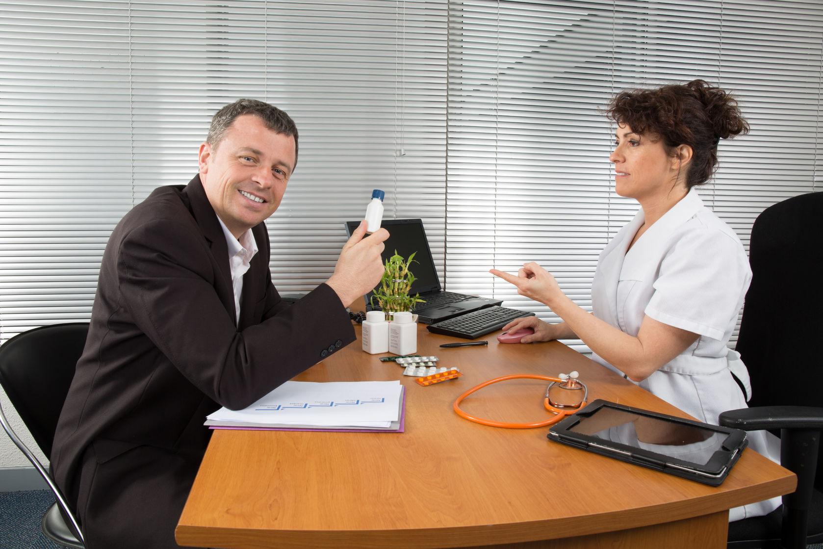 Assicurazione rappresentante del farmaco Preventivo Online